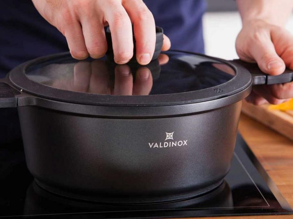 Oala cu capac invelis Ilag Non-Stick Premium 6l Valdinox Expert imagine 2021 insignis.ro
