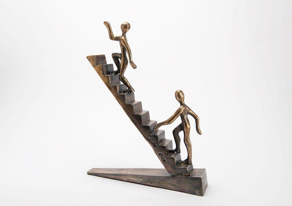 Figurina decorativa Stairs H45cm imagine 2021 insignis.ro