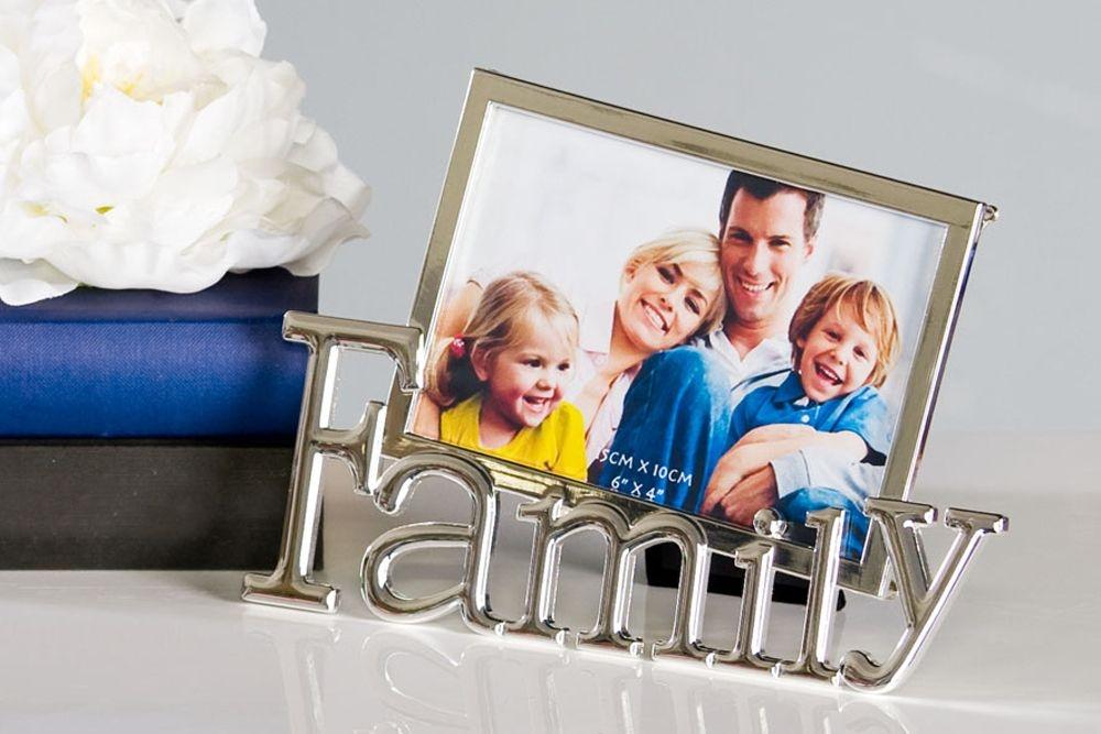 Rama foto decorativa metalica Family format foto 10 x 15cm imagine 2021 insignis.ro